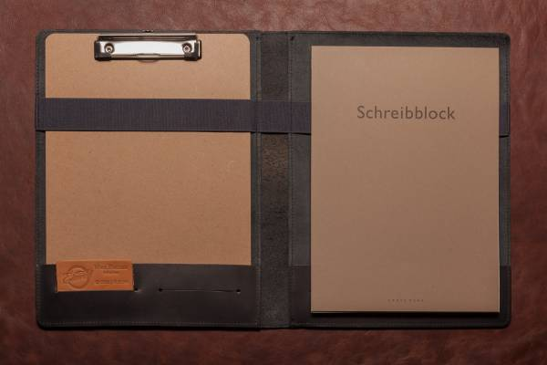 SCHREIBMAPPE aus schwarzem Vollrindleder mit Klemmbrett und hochwertigem Din A4 Schreibblock